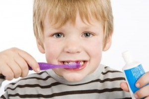 kid-brushing-teeth